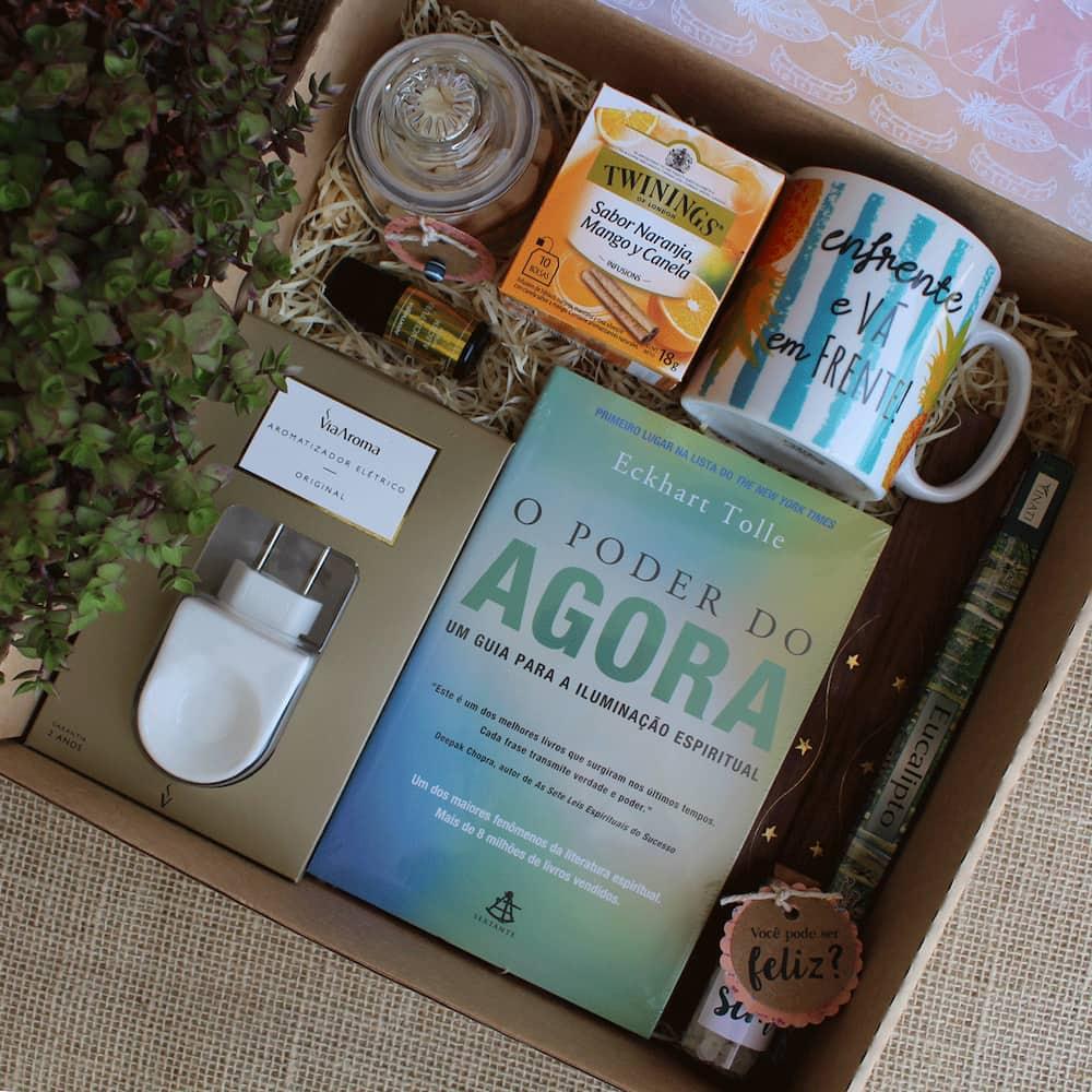 caixa presente livro chá caneca